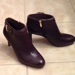 Vince Camuto dark brown leather ankle boots